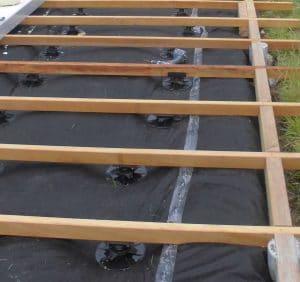 plots pvc pour aménagement terrasse bois exotique