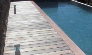 Entourage bois piscine
