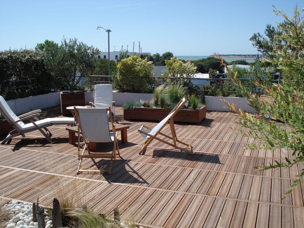 dalles bois terrasse caillebotis rapidit et esth tisme blog tekabois. Black Bedroom Furniture Sets. Home Design Ideas